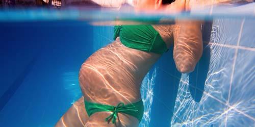 Gadis 13 Tahun Ini Hamil Gara-gara Berenang di Kolam