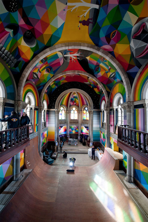Foto Gereja Kosong Jadi Skate Park Penuh Mural Keren