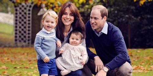 Foto Indah & Harmonis Keluarga Pangeran William Sambut Natal