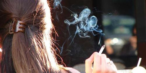Bahaya Merokok Di Dalam Rumah