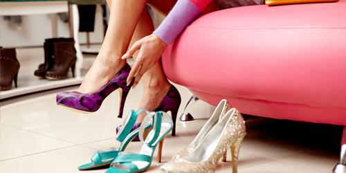 Cara Tepat Pilih Sepatu Sesuai Bentuk Kaki