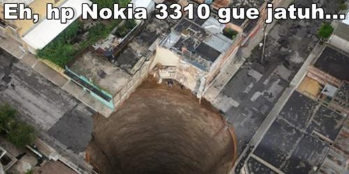 Meme Nokia 3310 Super Kocak