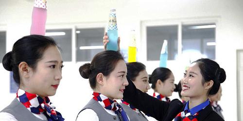 Potret Pramugari China Saat Menjalani Pendidikan