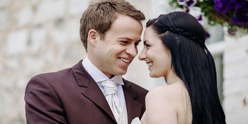 7 Tanda Pria Bisa Menjadi Suami Yang Baik