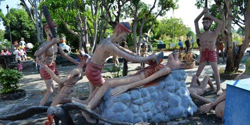 Foto: Ngeri, Taman Wang Saen Suk di Thailand Bak Neraka Nyata