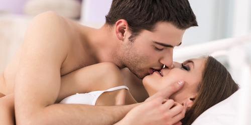 5 Ciuman Bikin Orgasme Maksimal
