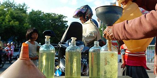 BBM & Air Kemasan Dikenai Cukai, Harga Dipastikan Melonjak