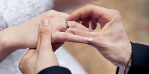 DNA Pengaruhi Kebahagiaan Pernikahan