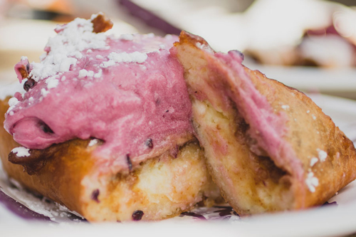 Cheesecake buatan Knott's Berry Farm @foodbeast.com