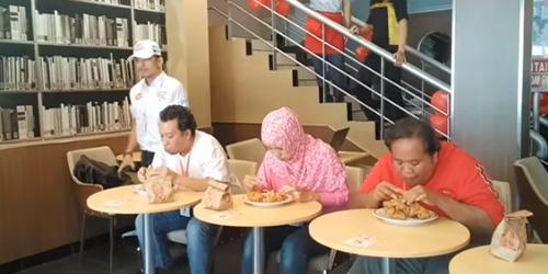 Video Lomba Makan KFC Yang Tewaskan Fredy Jayadi