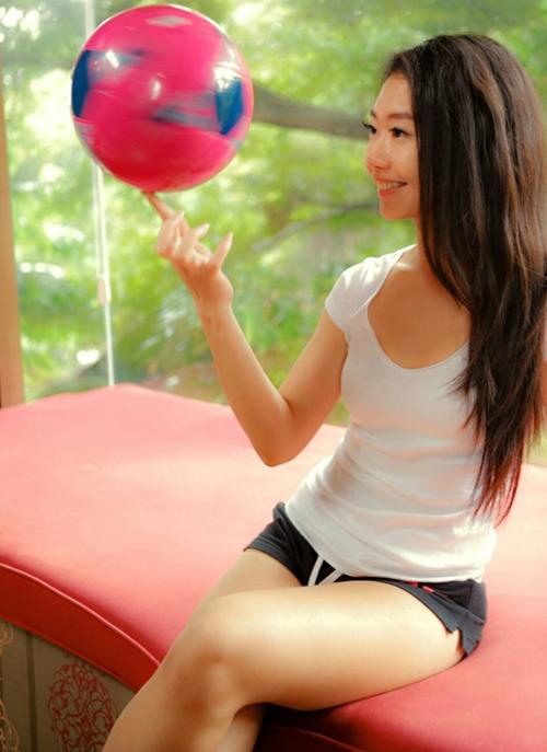 Foto: Fithri Syamsu, Si Cantik Jago Futsal