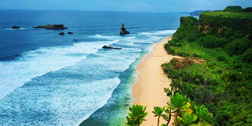 7 Pantai di Jawa Timur ini Cocok Jadi Destinasi Unggulan: Pantai Buyutan Pacitan