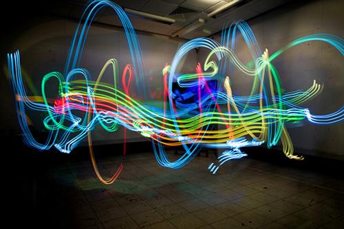 Kumpulan Foto Lightpainting WiFi Jepretan Luis Hernan