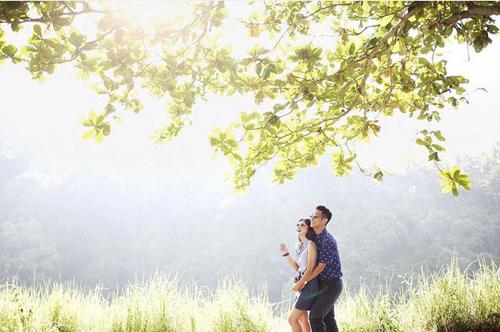 Foto Prewed Junior Liem dan Putri Titian Ceria Penuh Warna