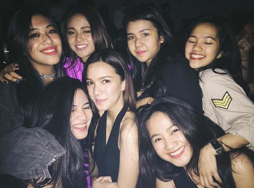 Foto Cantik Aurel Hermansyah Asyik Clubbing di Jakarta Empirica