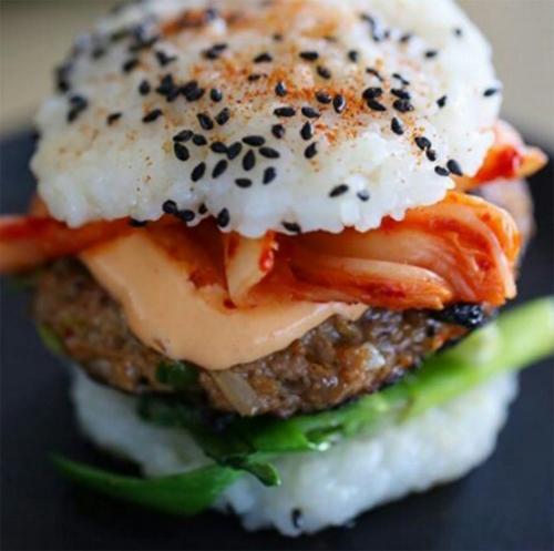 Sushi burger @foodfotogallery.com
