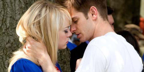 Adegan Ciuman Emma Stone dan Andrew Garfield di The Amazing Spider-Man 2