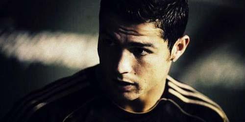 Cristiano Ronaldo Pajang Foto Bugilnya Dirumah