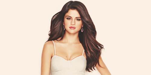 Demi Popularitas, Selena Gomez Incar Peran Bugil