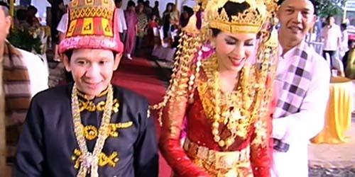 Ginanjar Sukmana Nikahi Wanita 21 Tahun Lebih Muda