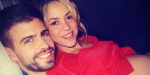Hamil, Shakira Pamer Foto perut Buncitnya