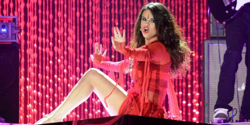 Kenakan Bindi, Selena Gomez Dianggap Lecehkan Agama Hindu