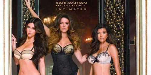 Kourtney, Khloe, & Kim Kardashian Adu Seksi dengan Pakai Lingerie