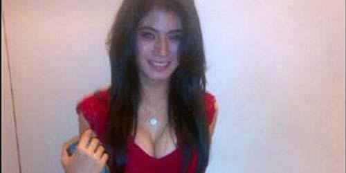 'Lina Marlina' Istri Ketiga Kiwil Posting Foto Hot di Twitter