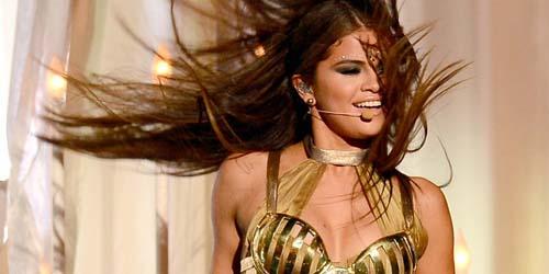 Tampil Seksi Ala Bollywood, Selena Gomez Diprotes Umat Hindu (Lagi)