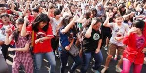 10 Aksi Flash Mob Gangnam Style Terunik