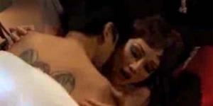 5 Adegan Ranjang Film Horor Ter-Hot 2012