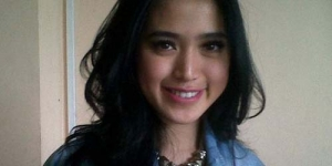 Aksi Pede Jessica Iskandar di Youtube