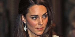 Benarkah Kate Middleton Hamil Bayi Kembar ?