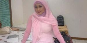 Beredar Foto Bugil Mirip Istri Fathanah, Sefti Sanustika