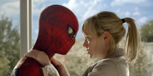 Bocoran The Amazing Spider-Man 2 : Andrew Garfield dan Emma Stone Bergelantungan