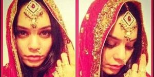 Dari Hollywood Vanessa Hudgens Mendadak Bollywood dengan Mengenakan Sari