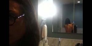 Foto Seksi : Berusia 49 Demi Moore tetap Memukau di Twitter