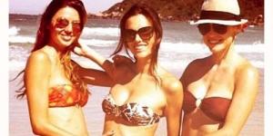 Hamil, Alessandra Ambrosio Kembali Pamer Perut Besarnya dengan Bikini