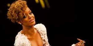 Ini Dia Wajah Rihanna Saat Masih Kecil!