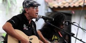 Iwan Fals Kembali Kritik Kasus Korupsi dengan Lagu Rekening Gendut