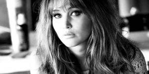 Jennifer Lawrence Ketahuan Merokok Ganja