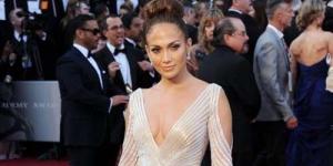 Jennifer Lopez Pamer Payudara di Oscar