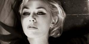 Kate Winslet Berpose Seksi di Bazaar