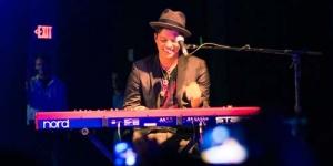 Konser Bruno Mars di Indonesia Palsu?