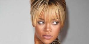 Lagu Sedih Adele Buat Rihanna Depresi