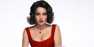 Lindsay Lohan Curi Kalung Mahal Mendiang Elizabeth Taylor ?