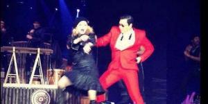 Madonna dan Psy Ber-Gangnam Style di MDNA Tour 2012