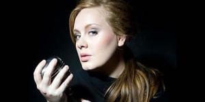 Mendadak Semakin Kurus, Apa yang Terjadi dengan Adele ?