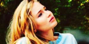 Raih 8 Nominasi, Jennifer Lawrence Absen di Oscar Akibat Radang Paru-Paru