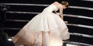 Raih Aktris Terbaik Bikin Jennifer Lawrence Terjatuh di Oscar